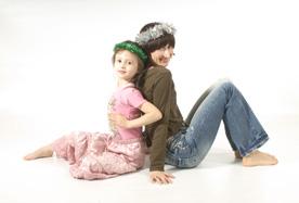 Daria with daughter.jpg