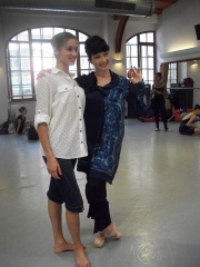isabelle-ciaravola-posing-for-photos-after-class-10