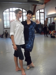 isabelle-ciaravola-posing-for-photos-after-class-9