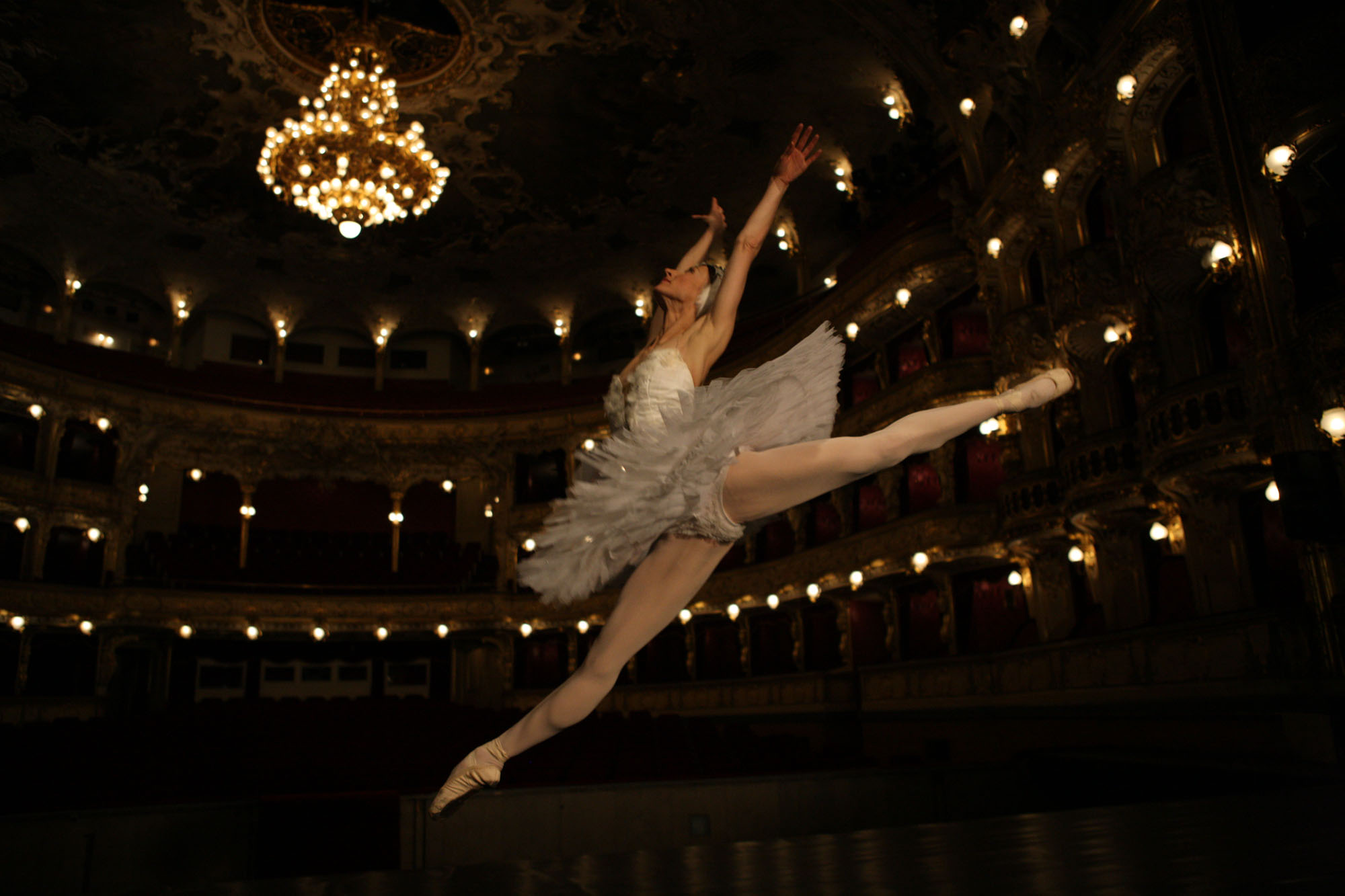 daria at State Opera Prague4_w.jpg