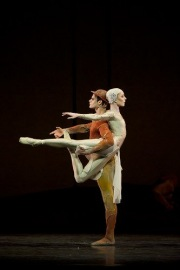GLORIA; The Royal Ballet. Sarah Lamb,Thiago Soares, Carlos Acosta,